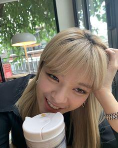 Suwon, South Korean Girls, Korean Girl Groups, Twice Jungyeon, Sana Momo, Im Nayeon, Minatozaki Sana, Dahyun, Hirai Momo