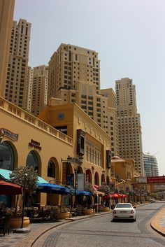 The Walk, Dubai (evening drinks and the Cars!)