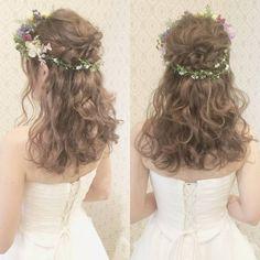 weddinghairarrange flower accessory 結婚式の前撮り 洋装ロケーション撮影のお客様 ウェーブのハーフアップスタイル おろし部分もウェーブで ふんわりと 花冠を付けました #ヘア #ヘアメイク #ヘアアレンジ #結婚式 #結婚式ヘア #振袖 #ブライダル #ウェディング #ロケ #バニラエミュ #セットサロン #ヘアセット #アップスタイル #ヘアスタイル #プレ花嫁 #花嫁#前撮り #ドレス #洋装#撮影 #花#花冠#サロモ#dress #photo #cute #hair #wedding #beauty #hairmake