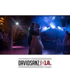 #baile #firstdance #fotografobadajoz #bodas #ceremonia #novios #novia #baloon #globos #love #weddingphotographer #dance #wedding #novia #party #boda #instamoment #fotografodebodas #amor #baile #justmarried #photooftheday #photowedding #novios #beautifull #weeding #casamento #pin #fotodual