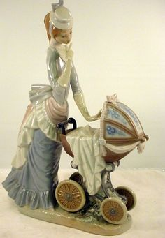 Lladro Figurine 4938 Baby's Outing Mother Child Carriage  Victorian Era