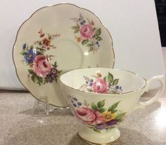 Royal Albert Bone China mtea Xícara E Pires Rosas Rosa Flor Azul Roxo Amarelo in Cerâmica e vidro, Cerâmica e porcelana, Porcelana e aparelhos de jantar | eBay