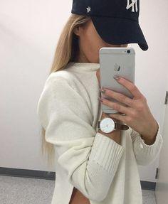 @CrownMeQueen