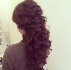 I really like this style - I would have to grow out my hair
