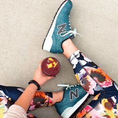 Our motto? Wearing jazzy leggings makes exercising more fun #newyear #regram by anthropologieeu