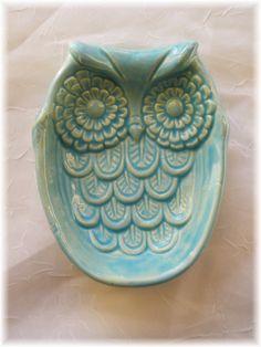 Owl Soap Dish Sponge Dish Spoon rest kitchen Home Decor gift Ceramic Birds, Ceramic Animals, Ceramic Pottery, Owl Home Decor, Home Decor Kitchen, Owl Kitchen, Owl House, Pottery Classes, Pottery Sculpture