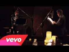 ▶ Tony Bennett, Lady Gaga - I Can't Give You Anything But Love (Studio Video) - unexpected !