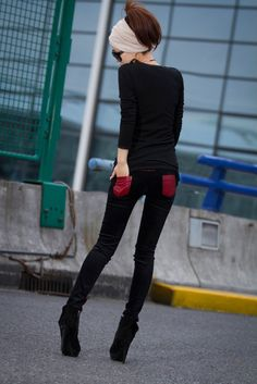 Casual Style Contrast Color Butterfly Embroidery Leggings For Women