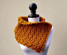 https://www.etsy.com/es/listing/100376310/crocheted-cowl-scarf-lucienne-cowl-in