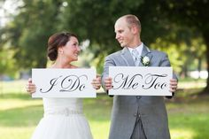 Great photo prop idea! // photo by Courtney Dox Photography