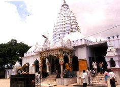 Samaleswari Temple, Sambalpur Samaleswari Temple is a Hindu temple in Sambalpur, Western Orissa, India dedicated to the goddess known as 'Maa', also known among the natives as samalei maa, meaning Mother Samaleswari. Shree Shree Samaleswari, the presiding deity of Sambalpur, is a strong religious force in western part of Orissa and Chhattisgarh state of India.