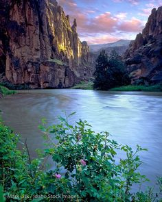 The Bruneau River Canyon in the Owyhee, Canyonlands, Desert of south west Idaho.