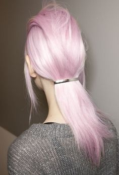 You ARE the Unicorn with this delicate lilac hair color #MoxyBeauty #MoxyHair