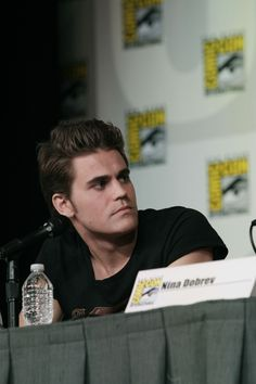 THE VAMPIRE DIARIES star Paul Wesley is not only a good actor; he's a good listener, as seen here during the show's panel at Comic-Con 2012 (© WBEI. All Rights Reserved.)