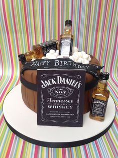 New Birthday Cake Ideas For Adults Jack Daniels Ideas Jack Daniels Party, Bolo Jack Daniels, Festa Jack Daniels, Jack Daniels Birthday, Birthday Cakes For Men, Themed Birthday Cakes, Man Birthday, Themed Cakes, Bolo Jake