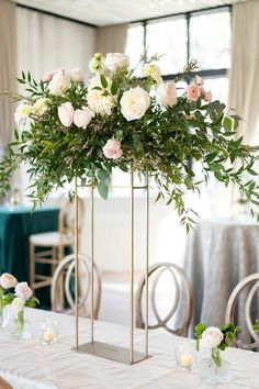 Tall centerpieces of greenery and white and pale pink blooms Pink Wedding Centerpieces, Flower Centerpieces, Diy Centrepieces, Greenery Centerpiece, White Centerpiece, Garden Wedding Inspiration, Destination Wedding Inspiration, Wedding Blog, Wedding Ideas
