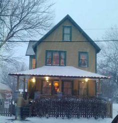 A Christmas Story House Museum in Cleveland (must go one day)