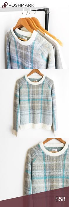 "A n t h r o p o l o g i e • S w e a t e r • Sz S Anthropologie ""Atelier Camille"" sweater Sz S. Acrylic, nylon, mohair knit Dry clean Imported  This sweater is very soft and comfortable! Anthropologie Sweaters Crew & Scoop Necks"