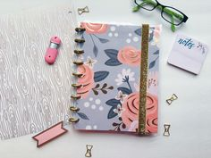 My Drifting Desk | Paper Trail Planners - Customizable planners! Blogger planner to help all of my blogger babes organize their blog + biz!