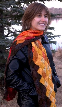 entrelac scarf ; love the colors