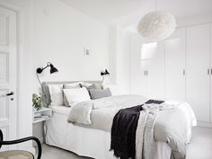 The master bedroom is the feature of your house for you. It's your shelter to unwind and entertain yourself with. So just why hold back out on designing this room? White Room Decor, White Bedroom, Bedroom Wall, Master Bedroom, Bedroom Decor, White Restaurant, Modern White Bathroom, Scandinavian Interior Design, Nordic Design