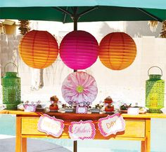 Mother's Day paper lanterns - Colorful & Modern Mothers Day Lunch {+ Free Printables}