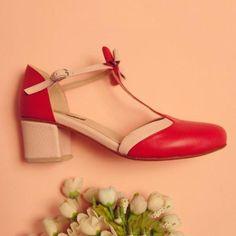 Bowknot Buckle Chunky Heel T-Strap Sandals Ankle Strap Heels, Ankle Straps, Ankle Strap Sandals, Black Sandals, Wedge Sandals, Hot Heels, Sandals Outfit, Fashion Heels, Women's Fashion