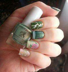 Sailor Jupiter nails