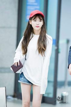 IU 160821 Incheonairport