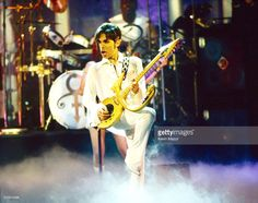 <a gi-track='captionPersonalityLinkClicked' href=/galleries/search?phrase=Prince+-+Musician&family=editorial&specificpeople=203048 ng-click='$event.stopPropagation()'>Prince</a> performs onstage during the Essence Awards in 1998 at Madison Square Garden in New York City.