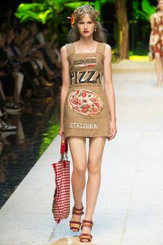 Dolce Gabanna Pizza Dress Milan Runway 2017 Italian Fashion 1b308198d1f