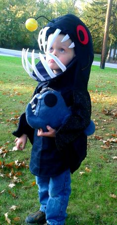 1000 images about angler fish halloween costume 2014 on for Angler fish costume