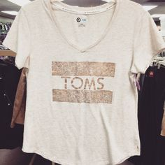 TOMS tee! #NLT #thrift #thrifty #thriftfinds #thriftfashion #thriftstore #TOMS #fashion #style #fall #fallfashion