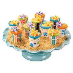 "Beach pail cupcakes - use bottom of cake cone, fondant, and graham cracker crumb ""sand""?"