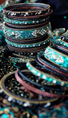 Bangles: monochromatic blues, aqua, turquoise, white and a spike of magenta. life-standing-still: -Pooja Kumar Photography- Bling Bling, Cowgirl Bling, Moda India, Pooja Kumar, Bollywood, Jewelry Accessories, Fashion Accessories, Indian Accessories, Aqua