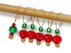 Red Heart Green Stitch Markers Snagless DIY Knitting by TJBdesigns, $7.50