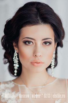 Свадебная прическа и макияж 2013 - фото причесок
