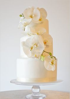 beautiful cake orchid from pastry studio florida