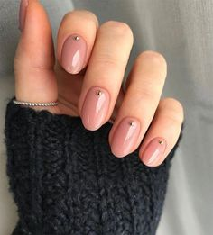 Top 10 Nail Trends to Try in 2019 Stylish nail polish and manicure trends. More from my site Nude neutral nails, mannequin manicure, natural nails. Autumn nails 61 trendy stunning manicure ideas 2019 for short acrylic nails design 6 Nail Art Designs, Nails Design, Design Design, Round Nail Designs, Short Nail Designs, Round Design, Design Ideas, Minimalist Nails, Minimalist Style