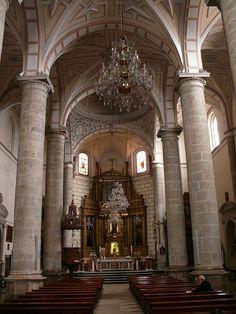 Interior iglesia San Andres Carrión de los  Condes