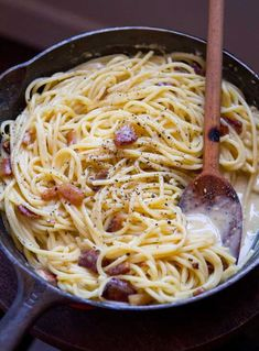 """""""Authentic recipe for spaghetti alla carbonara - this is basically how Chris and I make it. It is one of the most delicious dishes in the entire world."""" I can vouch that Chris and Ploy's carbonara is basically the best thing ever. Salsa Carbonara, Pasta Alla Carbonara, Chicken Carbonara, Chicken Pasta, Italian Menu, Italian Recipes, Italian Pasta, Pasta Recipes, Finger Foods"""