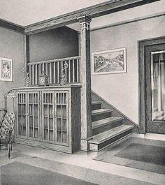 Arts and Crafts Craftsman bungalow circa 1910 to 1920 Room 2