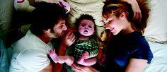 """""""Travolti dalla cicogna"""": riflessioni sull'essere genitori oggi"""
