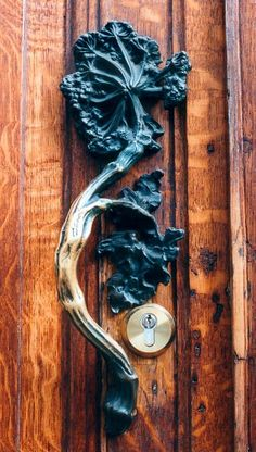 Art Nouveau door handle Hotel Hannon, Brussels | JV