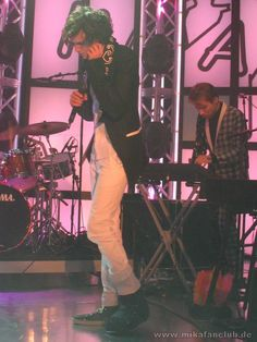 Mika in his boot because he injured his foot, pic taken in Baden-Baden 2.11.09