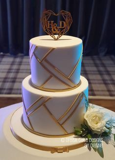 Dream Cake Designs by Dianne Stanley. Creating luxury and bespoke Wedding & Celebration Cakes for clients throughout Yorkshire and the surrounding counties. Luxurious high quality cakes & stunning centre pieces that of course taste incredible too! White Chocolate Ganache, Chocolate Sponge, Geometric Cake, Nutella Spread, Small Intimate Wedding, Gold Cake, Dream Cake, Wedding Gallery, Celebration Cakes