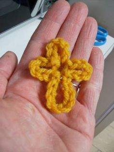 Free Chained Cross Crochet Pattern