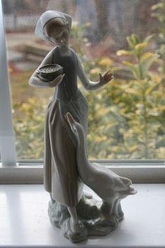 lladro  Lady Girl Woman feeding Duck Goose Lladro figurine statue no box