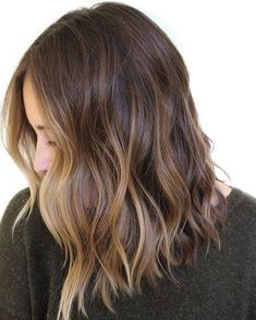 41 Gorgeous And Fashion Hairstyle For Medium Lenth Hair For Daily Life And School 💋 – Hair Idea 07 👩💖 𝓑𝓮𝓪𝓾𝓽𝓲𝓯𝓾𝓵 𝓜𝓮𝓭𝓲𝓾𝓶 𝓛𝓮𝓷𝓽𝓱 𝓗𝓪𝓲𝓻𝓼𝓽𝔂𝓵𝓮 💖👩 💖 💖 💖 Source by diarordiary Medium Hair Styles, Natural Hair Styles, Short Hair Styles, Pretty Hairstyles, Bob Hairstyles, Hairstyle Ideas, Mid Length Hairstyles, Twisted Hairstyles, Summer Hairstyles