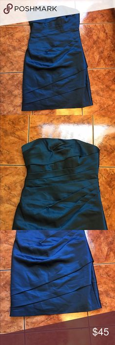 """[David's Bridal] Blue Scrunched Short Dress Size 6 Length: 29""""  Armpit to armpit:14""""  The inside of the dress has stains by the chest area   Check out my forget items! David's Bridal Dresses"""